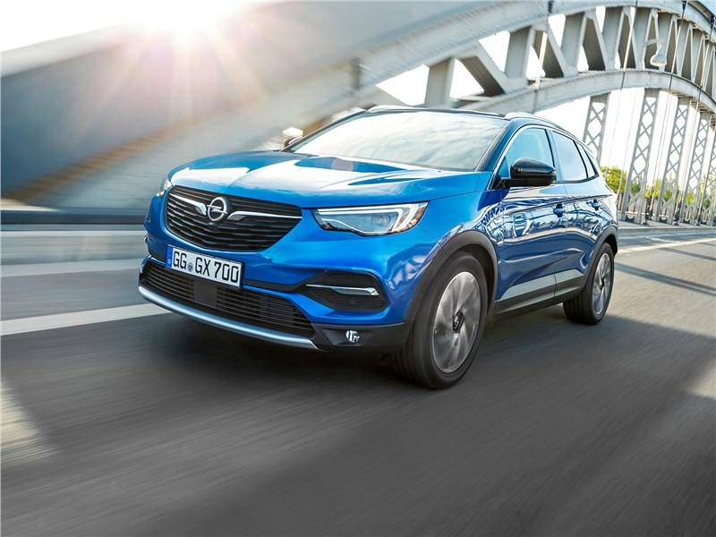 Чья кровь сильнее в Opel Grandland X