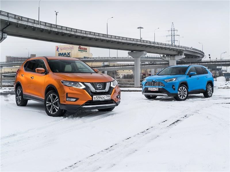 Nissan X-Trail, Toyota RAV4 - сравнительный тест: nissan x-trail 2018 и toyota rav4 2019. как nissan x-trail учил toyota rav4 входить в повороты