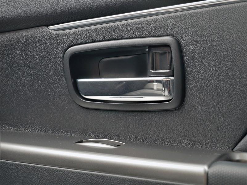Mitsubishi ASX 2020 дверная ручка