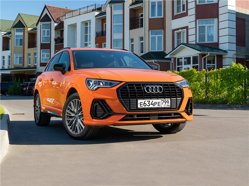 Audi Q3 - audi q3 2019 почему красавцем audi q3 восхищаются, но не пропускают на дороге