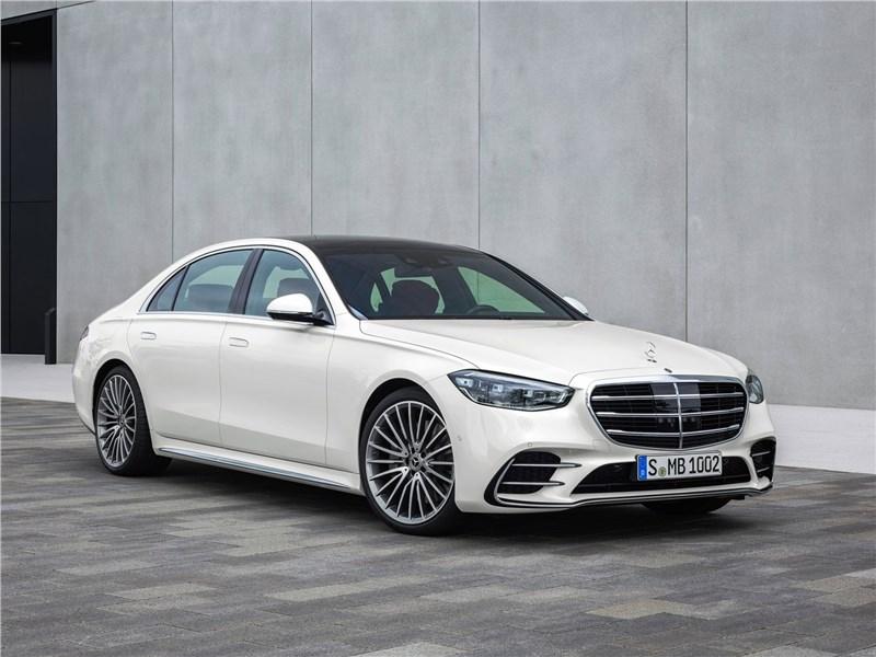 От большого к большему: Volvo S60, BMW 5, Mercedes S-класс, Audi A8, Porsche Panamera S-Class
