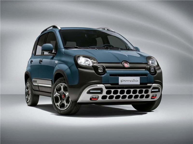 Fiat Panda (2021) вид спереди