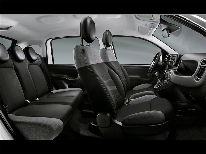 Fiat Panda (2021) салон