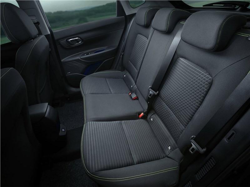 Hyundai i20 (2021) задний диван