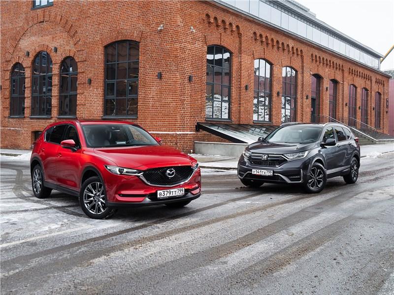 Honda CR-V, Mazda CX-5 - сравнительный тест honda cr-v и mazda cx-5 почему honda cr-v уходит с рынка, а mazda cx-5 остается