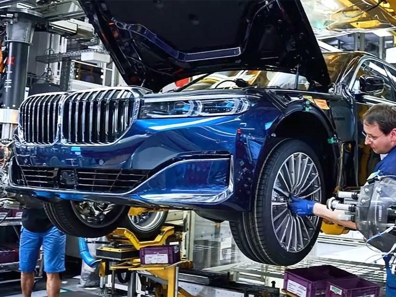 BMW сворачивает производство автомобилей в России - новость от BMW