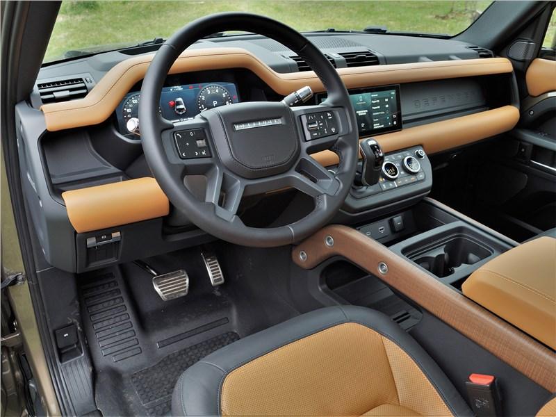 Land Rover Defender 90 (2020) салон
