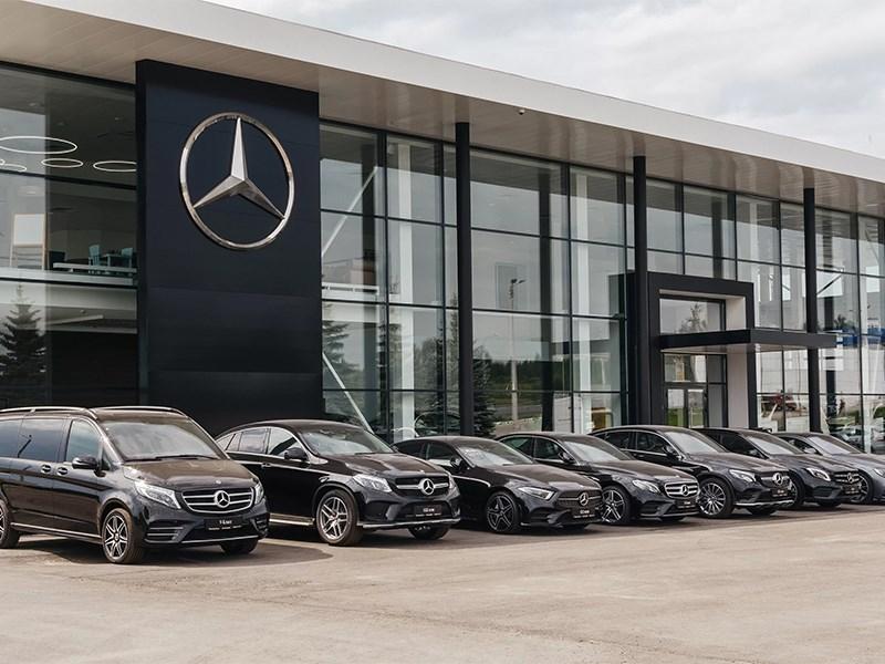 Daimler избавляется от своих дилерских центров.