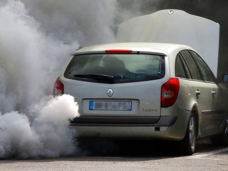 Renault обвиняют в махинациях с дизельными двигателями
