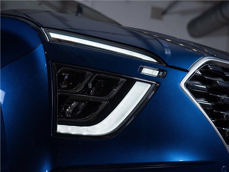 Hyundai Creta (2020) вид спередиHyundai Creta (2020) передний свет