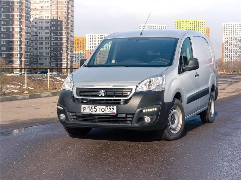 Peugeot Partner Tepee (2016) Peugeot Partner из Калуги научил бизнесу по-французски
