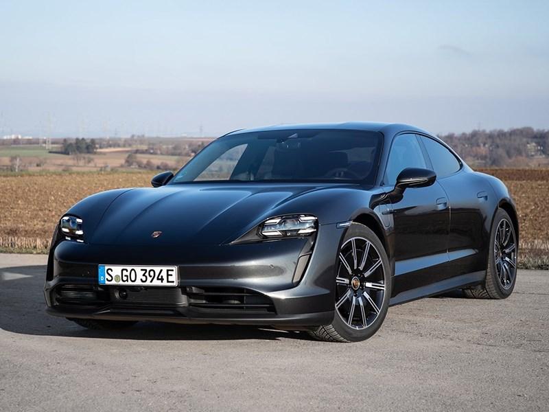 Porsche Taycan отзывают в России