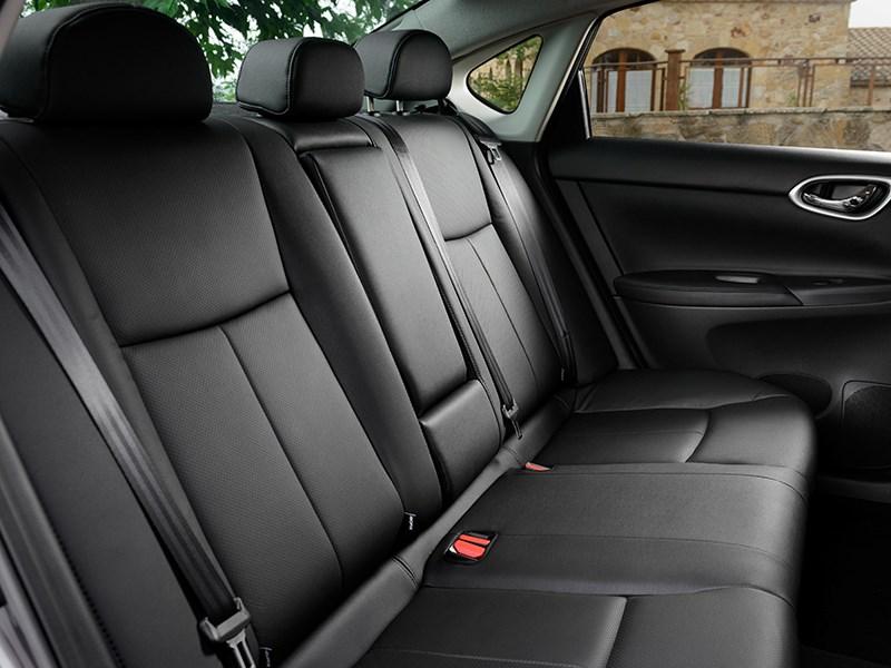 Nissan Sentra 2013 задний диван