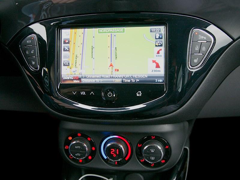Opel Corsa 2015 монитор