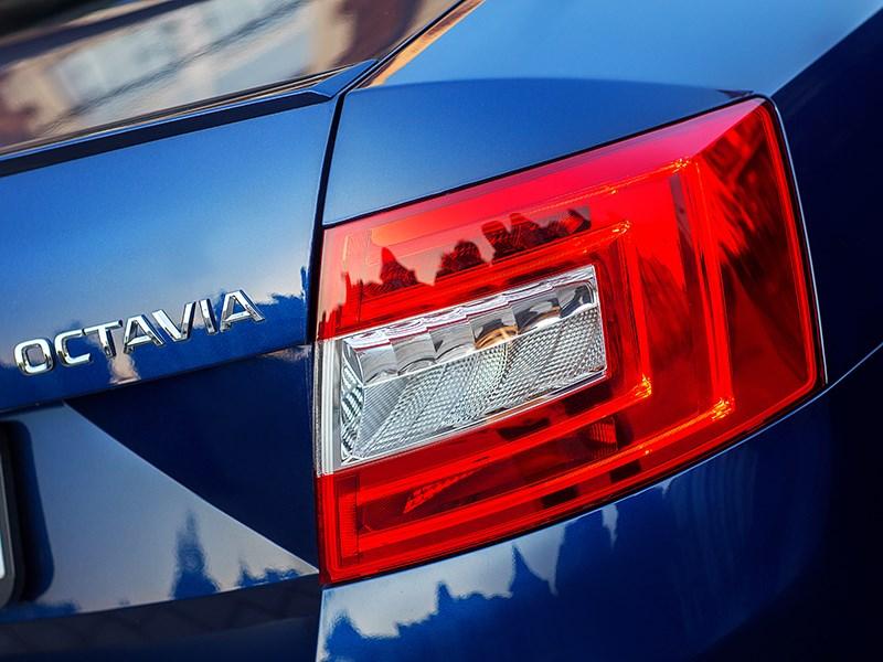 Skoda Octavia 2013 задний фонарь