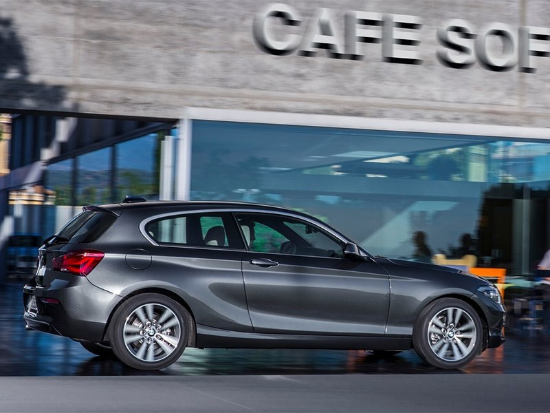 BMW 1-Series 3-doors 2016 вид сбоку