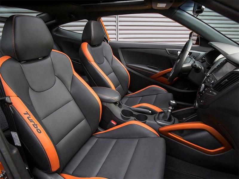 Hyundai Veloster 2016 передние кресла