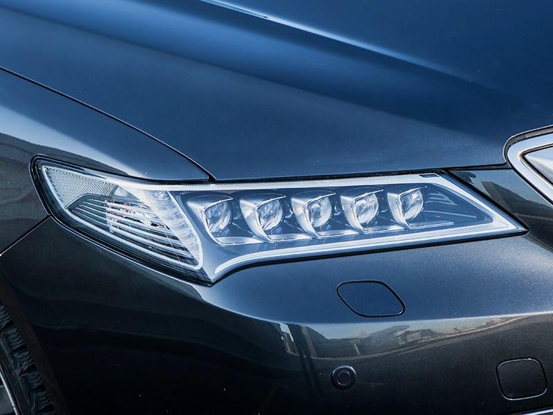 Acura TLX 2015 передняя фара