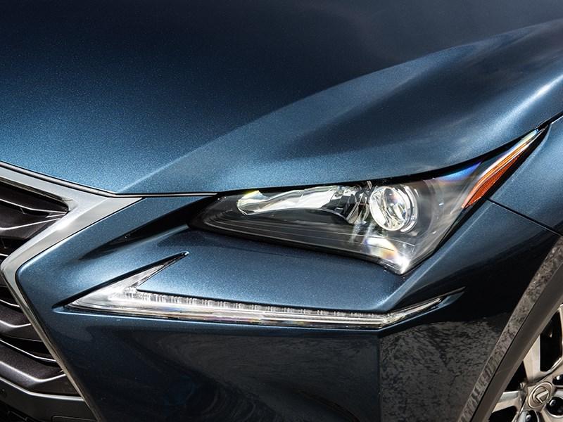 Lexus NX 2014 передний свет