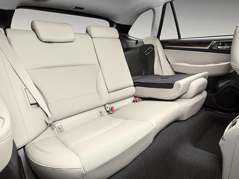 Subaru Outback 2015 задний диван