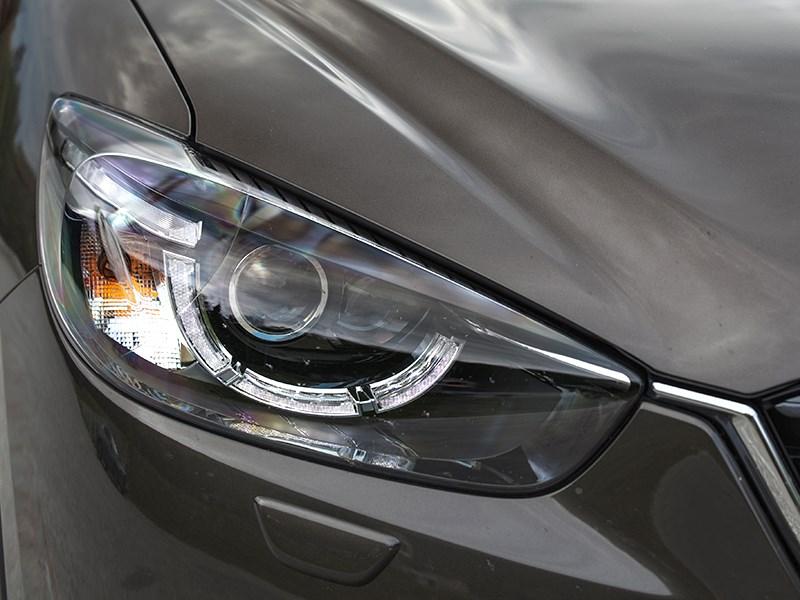 Mazda CX-5 2015 передняя фара