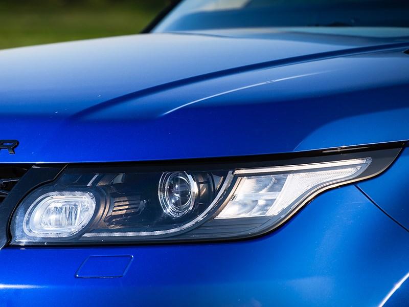 Land Rover Range Rover Sport SVR 2015 передняя фара