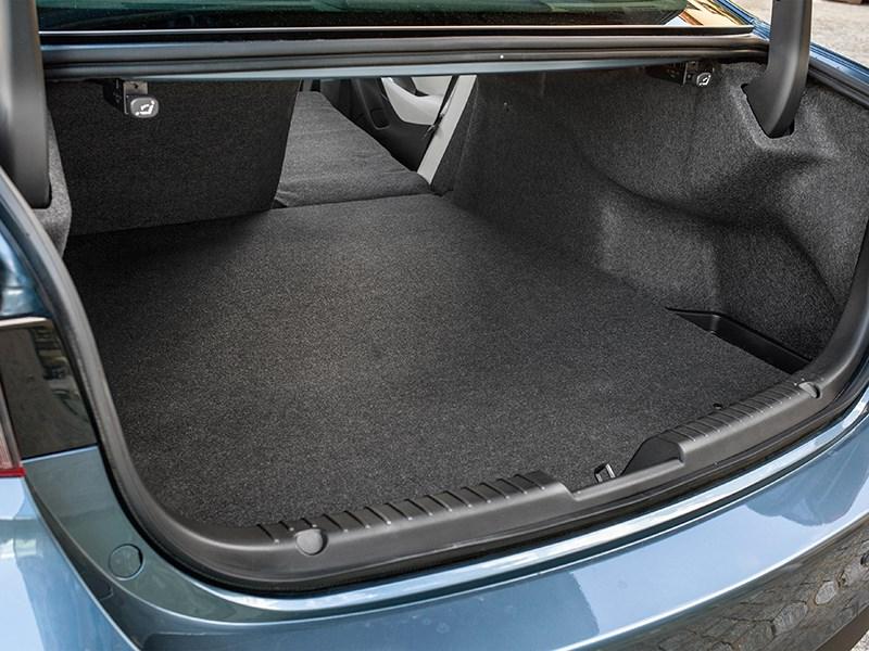 Mazda 6 2016 багажное отделение