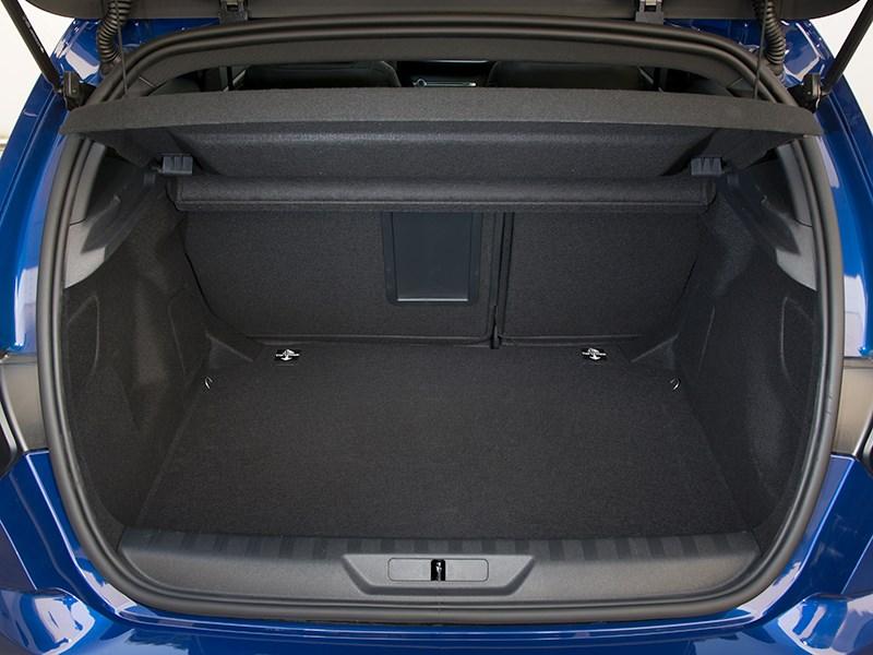 Peugeot 308 GT Line 2015 багажное отделение