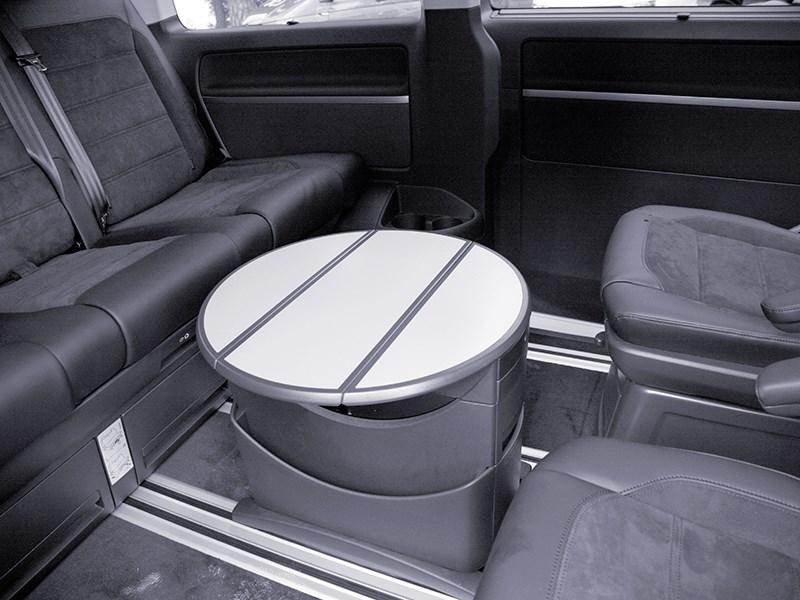 Volkswagen Multivan 2015 стол для пассажиров