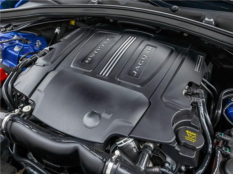 Jaguar F-Pace 2016 двигатель