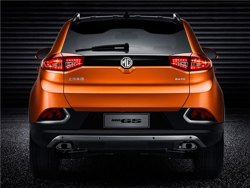 MG GS 2016 вид сзади