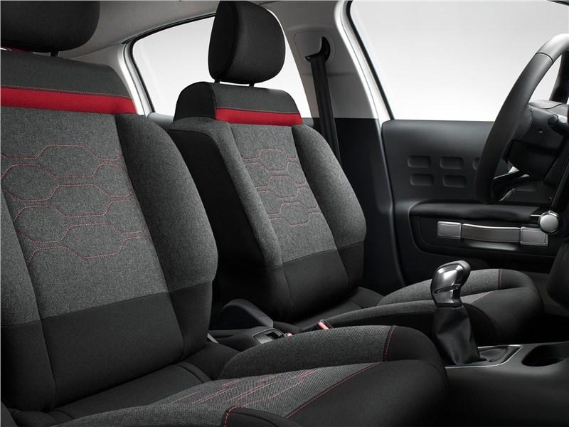 Citroen C3 2017 передние кресла