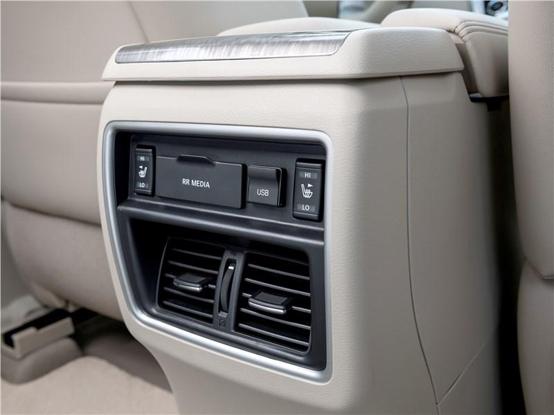 Nissan Murano 2015 климатическая установка для второго ряда