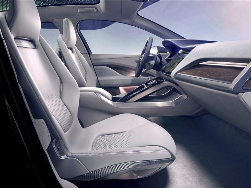 Jaguar I-Pace Concept 2016 передние кресла