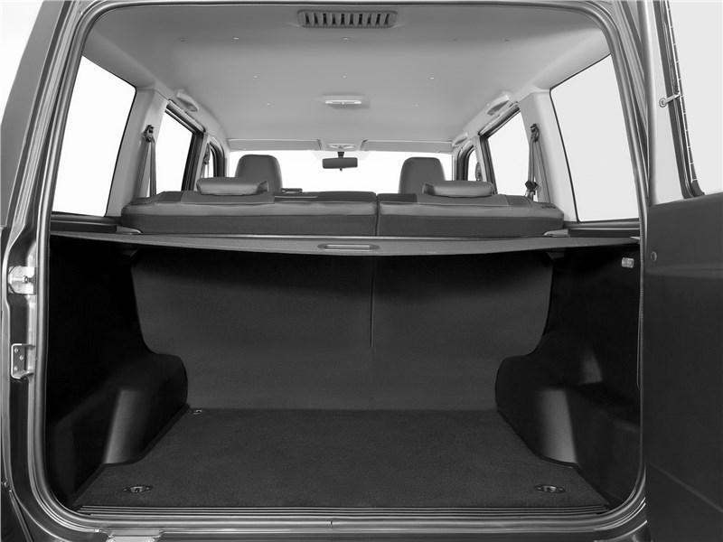 UAZ Patriot 2016 багажное отделение