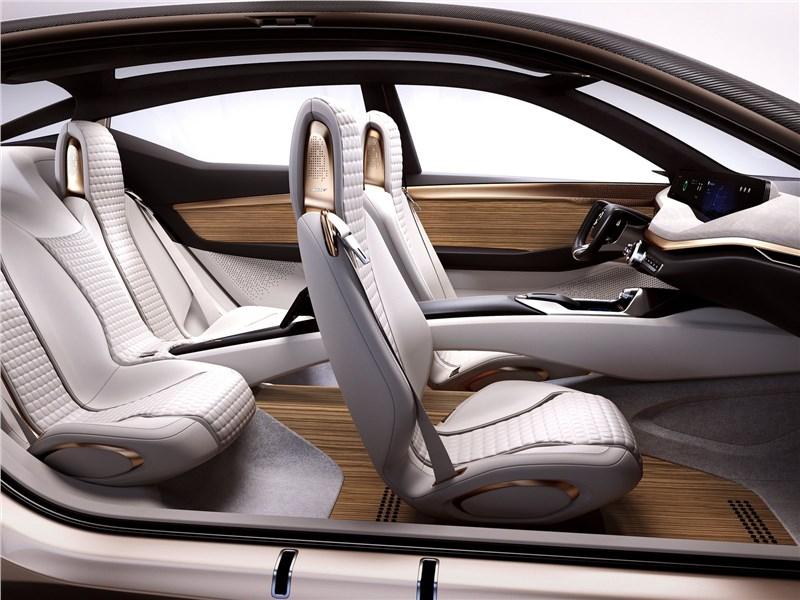 Nissan Vmotion 2.0 Concept 2017 кресла