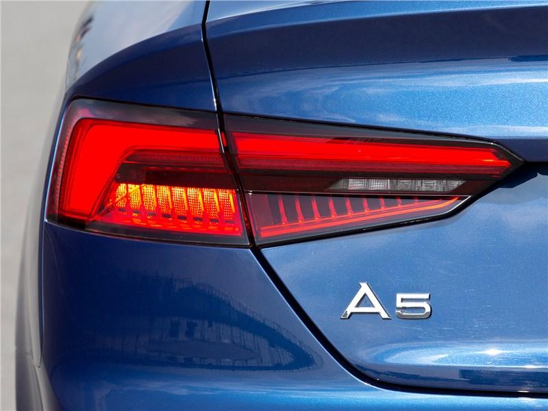 Audi A5 Sportback 2017 задний фонарь