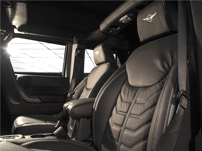 Rezvani Tank 2017 передние кресла