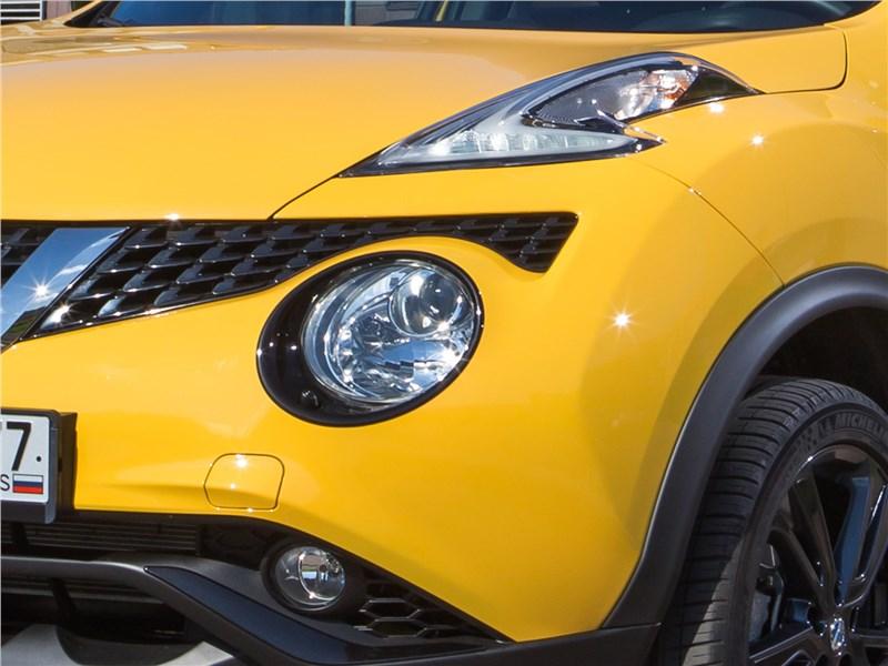 Nissan Juke 2017 передний свет