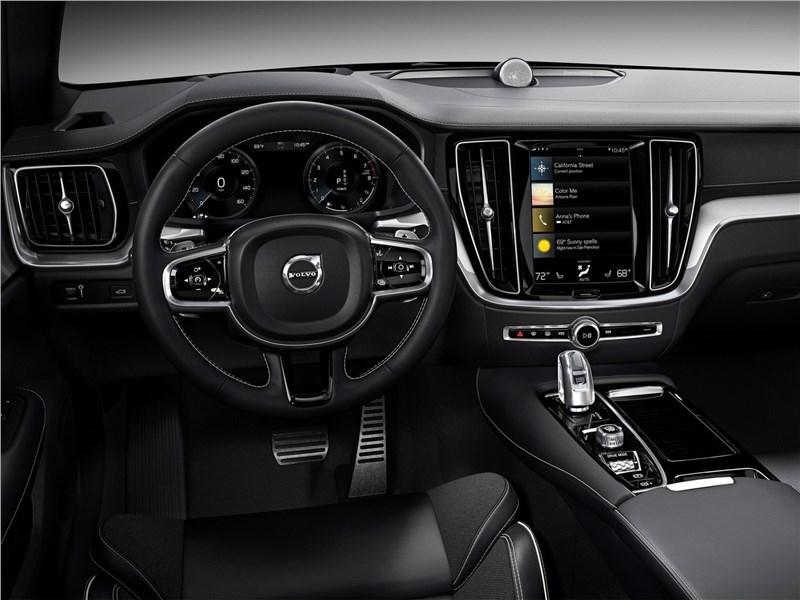 Volvo S60 2019 водительское место