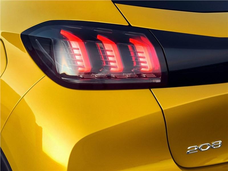 Peugeot 208 2020 задний фонарь