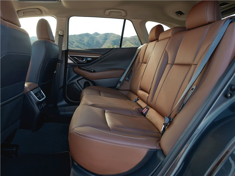Subaru Outback 2020 задний диван