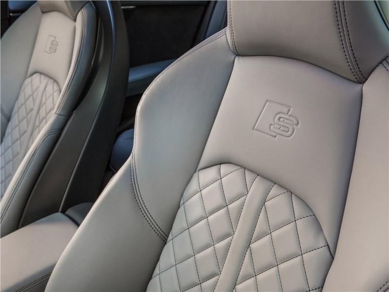 Audi S4 2017 отделка кресел