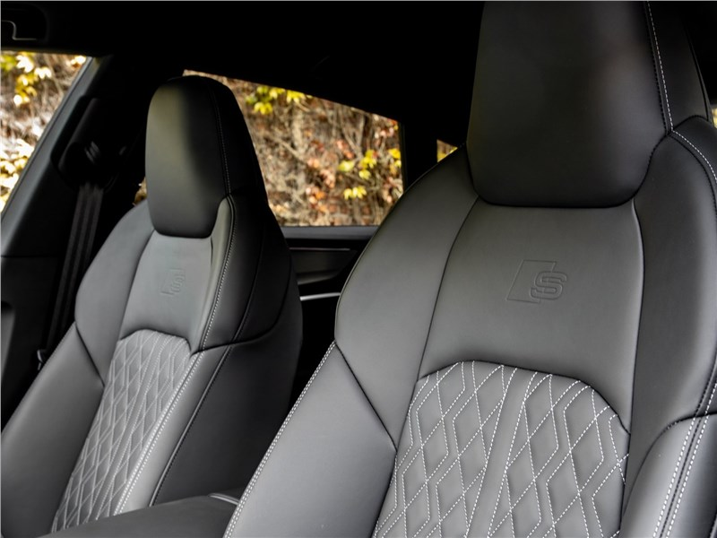 Audi S7 Sportback TDI 2020 отделка кресел