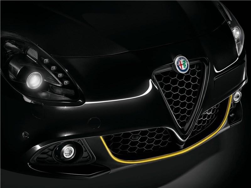 Alfa Romeo Giulietta 2019 передние фары