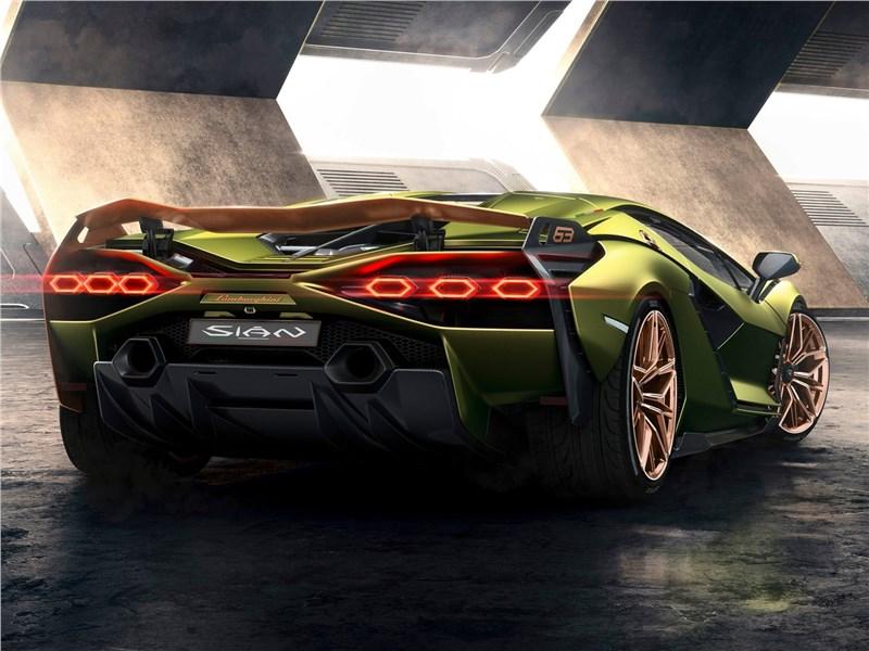 Lamborghini Sian 2020 вид сзади