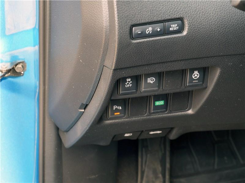 Nissan Qashqai 2018 кнопки