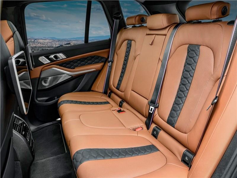 BMW X5 M 2020 задний диван