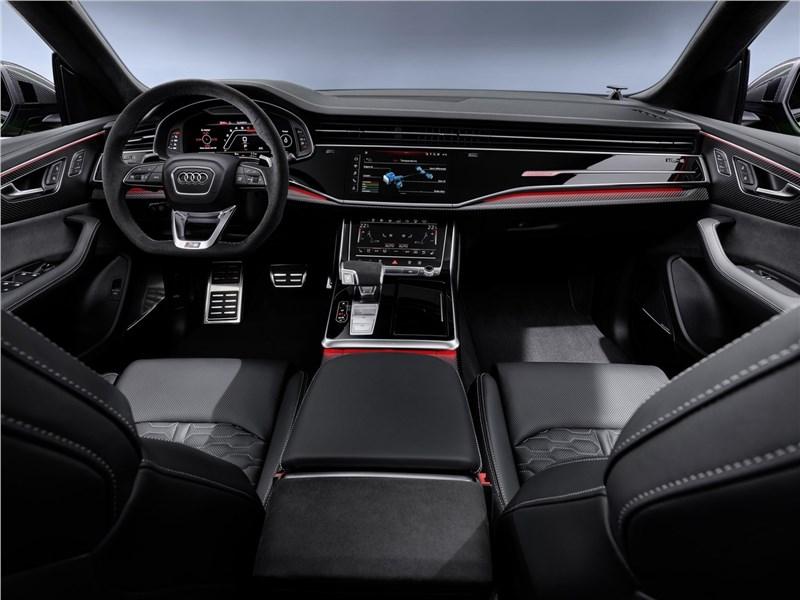 Картинки по запросу Audi RS Q8 2020 салон