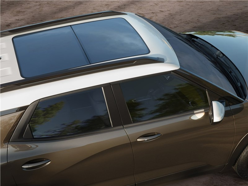 Chevrolet Trailblazer 2021 панорамная крыша